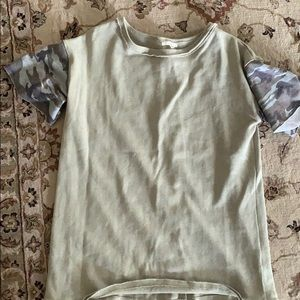 Easel top with camo sleeves